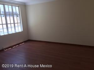Casa En Venta En Cuajimalpa de Morelos - Cuajimalpa Código FLEX: 19-1273 No.5