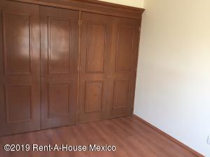 Casa En Venta En Cuajimalpa de Morelos - Cuajimalpa Código FLEX: 19-1273 No.9
