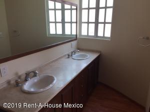 Casa En Venta En Cuajimalpa de Morelos - Cuajimalpa Código FLEX: 19-1273 No.15
