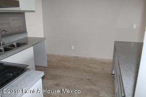 Casa En Renta En El Marques En Gas - Código: 19-1386