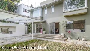 Casa En Venta En Miguel Hidalgo - Electrica Código FLEX: 19-1388 No.1
