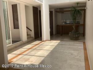 Casa En Venta En Cuajimalpa de Morelos - Gas Código FLEX: 19-606 No.3