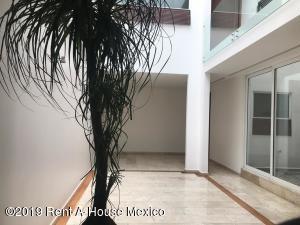 Casa En Venta En Cuajimalpa de Morelos - Gas Código FLEX: 19-606 No.2