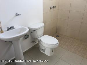 Casa En Venta En Queretaro En Gas - Código: 19-1806