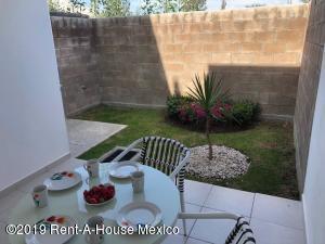 Casa En Venta En Queretaro En Gas - Código: 19-1819