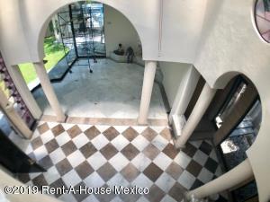 Casa En Renta En Miguel Hidalgo En Gas - Código: 19-2061