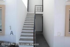 Departamento En Venta En Queretaro En Santa Maria Magdalena - Código: 20-507
