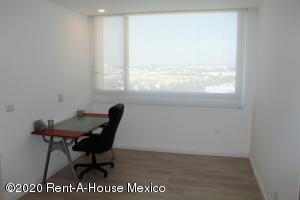 Departamento En Renta En Queretaro En Santa Fe de Juriquilla - Código: 20-1536