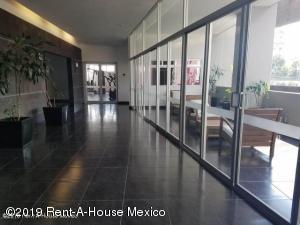 Departamento En Renta En Miguel Hidalgo En Argentina Poniente - Código: 20-1540