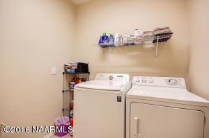 21_Laundry Room