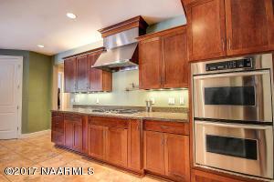 12_Kitchen4