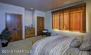_D2X1831-Bedroom-F-16-