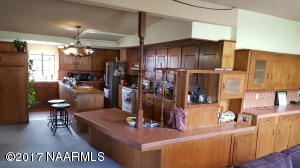 9415 Antoinette Kitchen 2