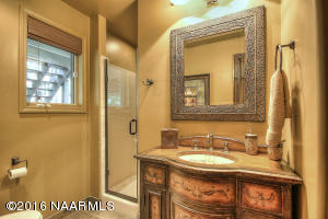 Guest Bathroom2