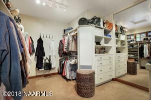 Owner\'s Closet