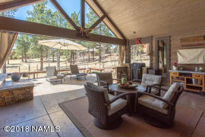 432 Sqft of Covered Patio!