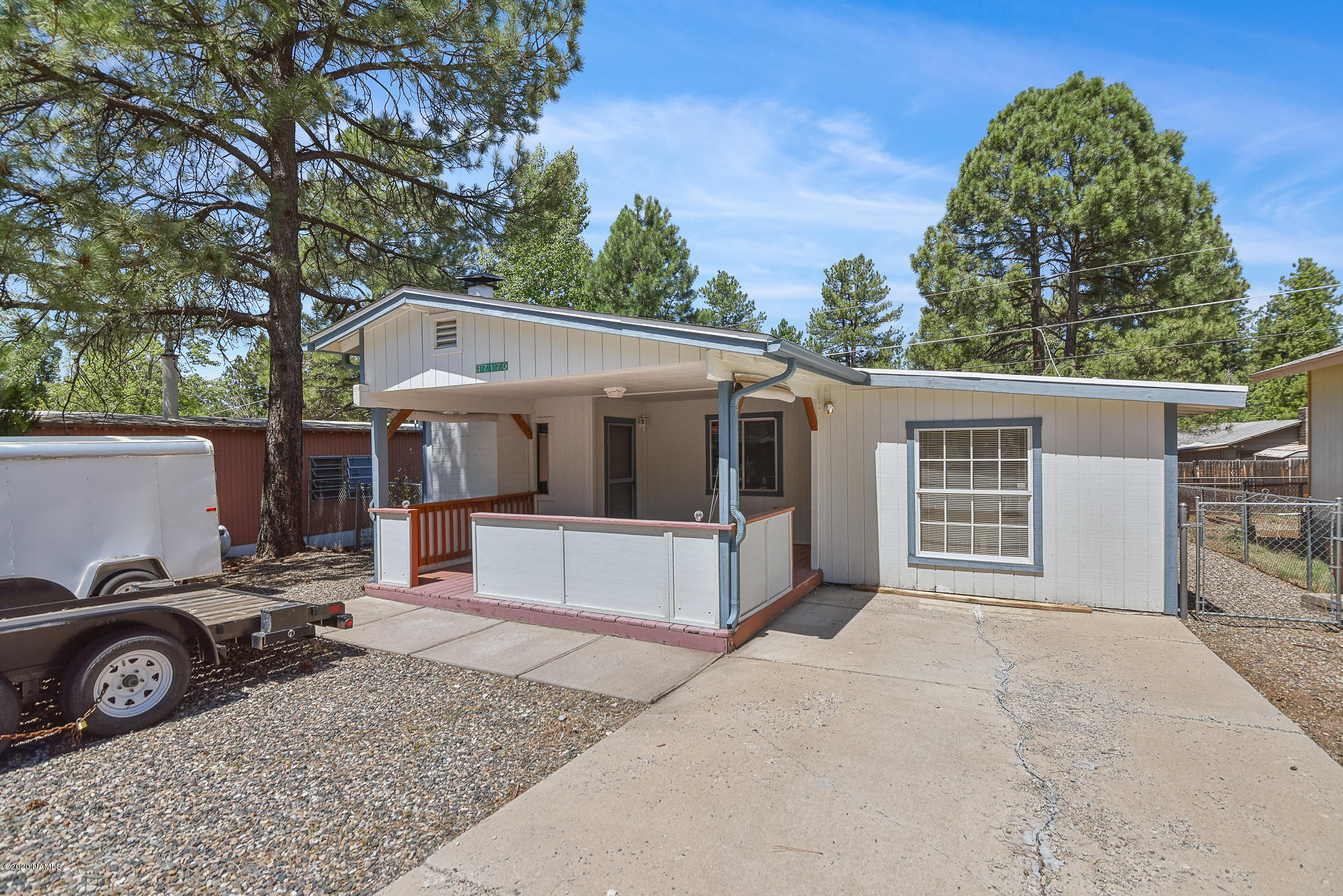 Photo of 17170 Deer Run Road, Munds Park, AZ 86017