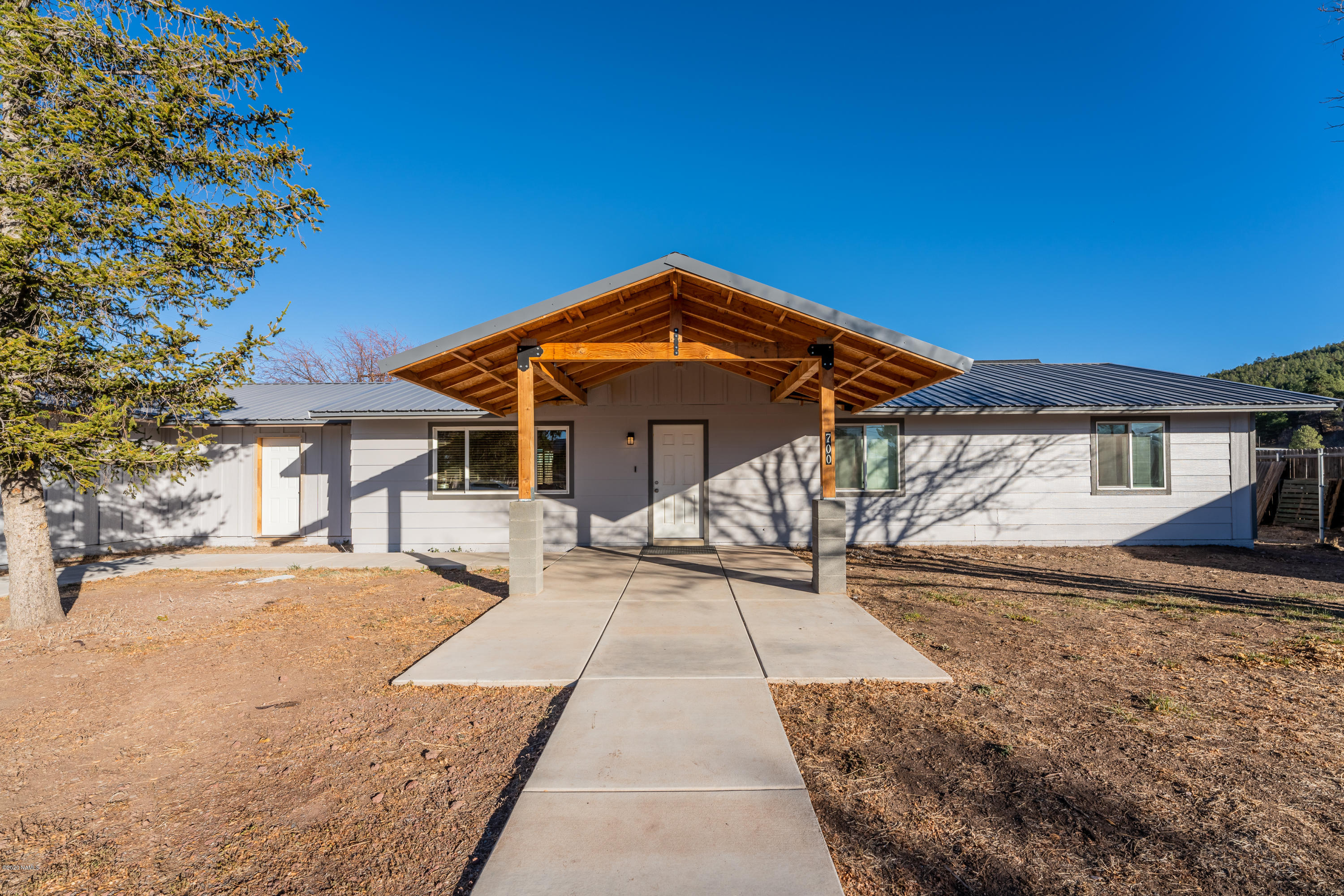 Photo of 700 Quarter Horse Road, Williams, AZ 86046