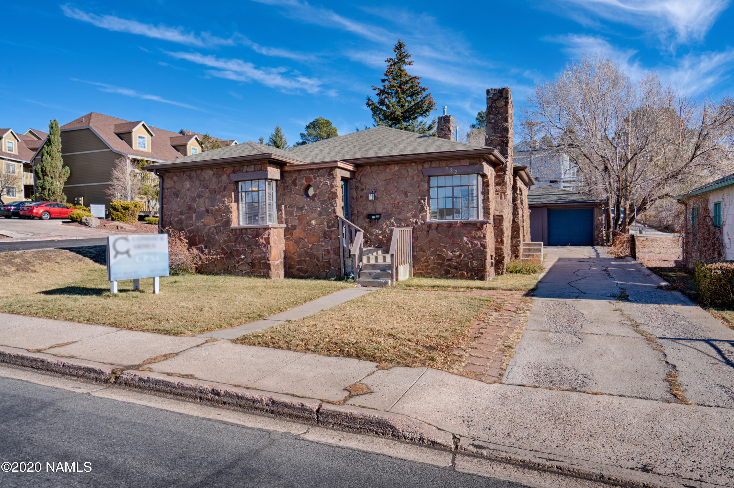 Photo of 922 N Beaver Street, Flagstaff, AZ 86001