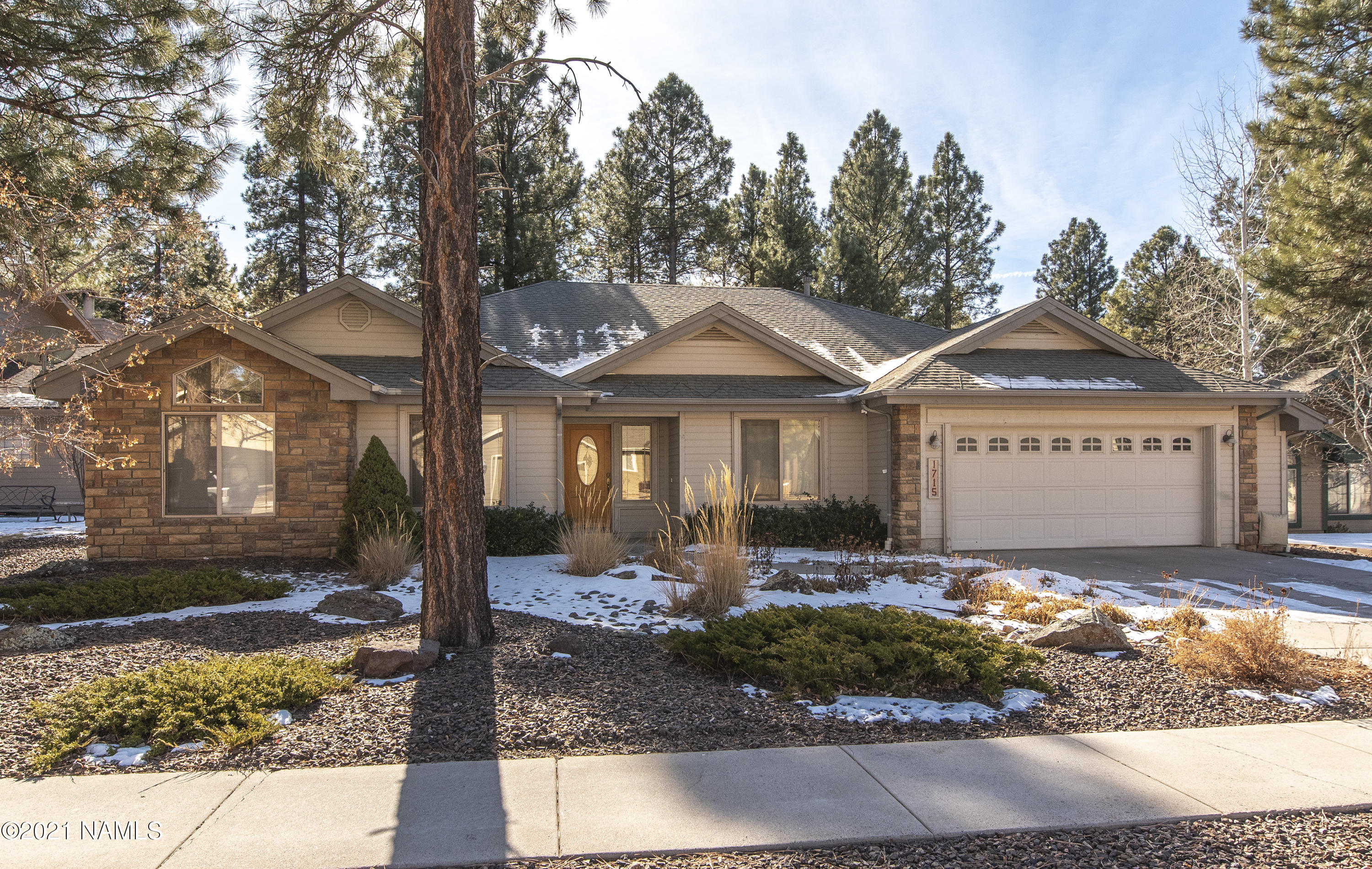 Photo of 1715 S Ax Handle Way, Flagstaff, AZ 86001