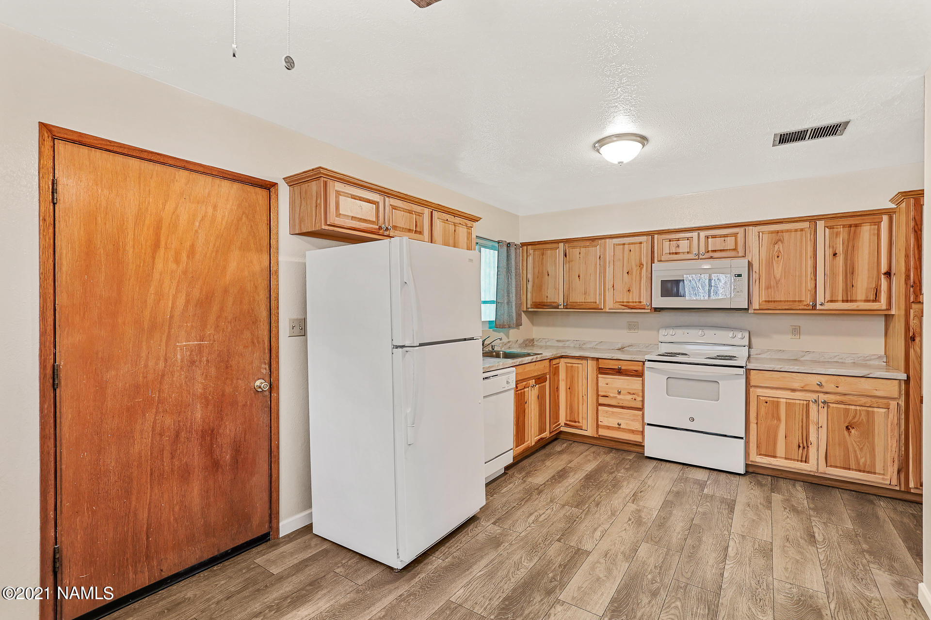 Photo of 1407 E Marymont Circle, Flagstaff, AZ 86004