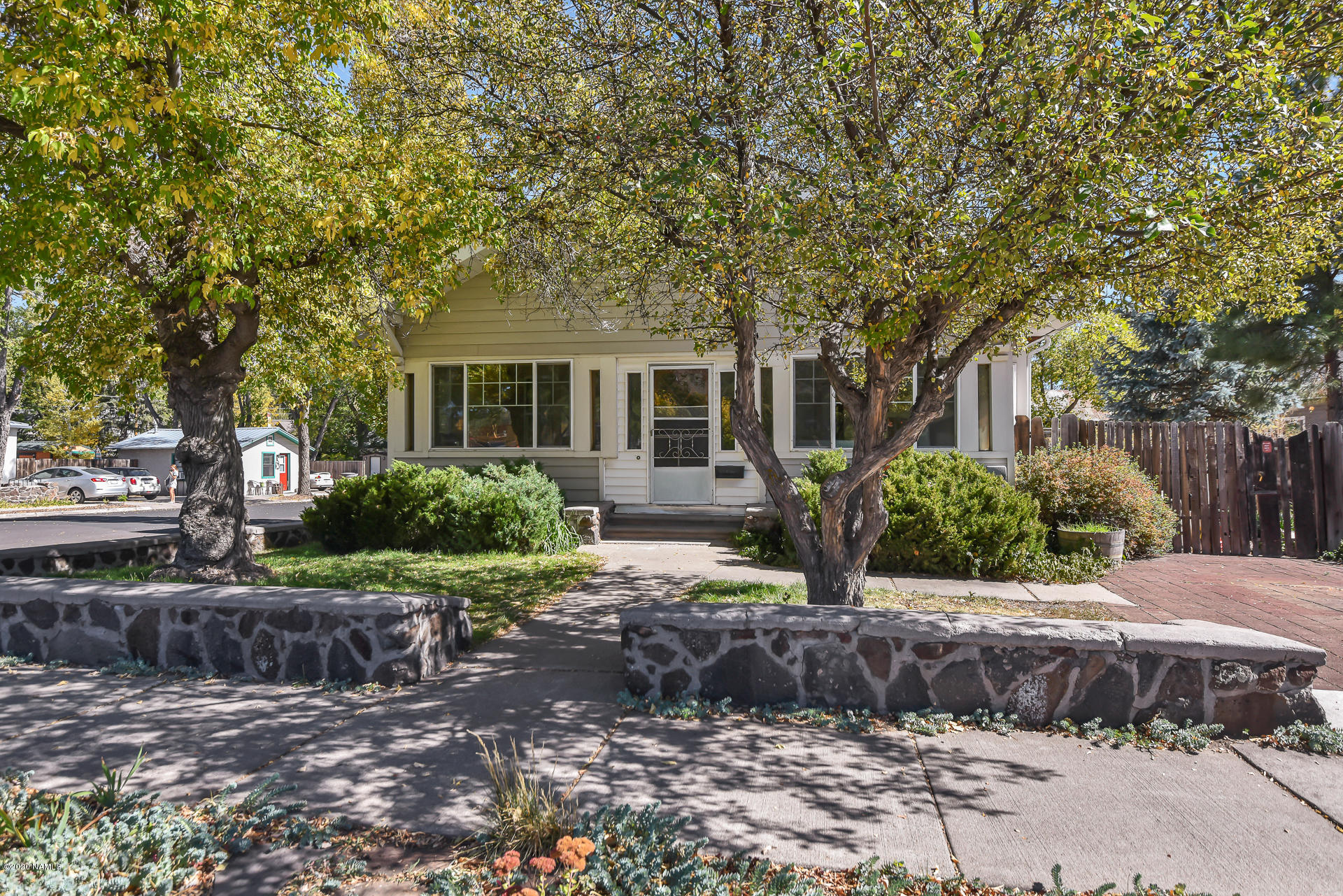 Photo of 422 N Leroux Street, Flagstaff, AZ 86001