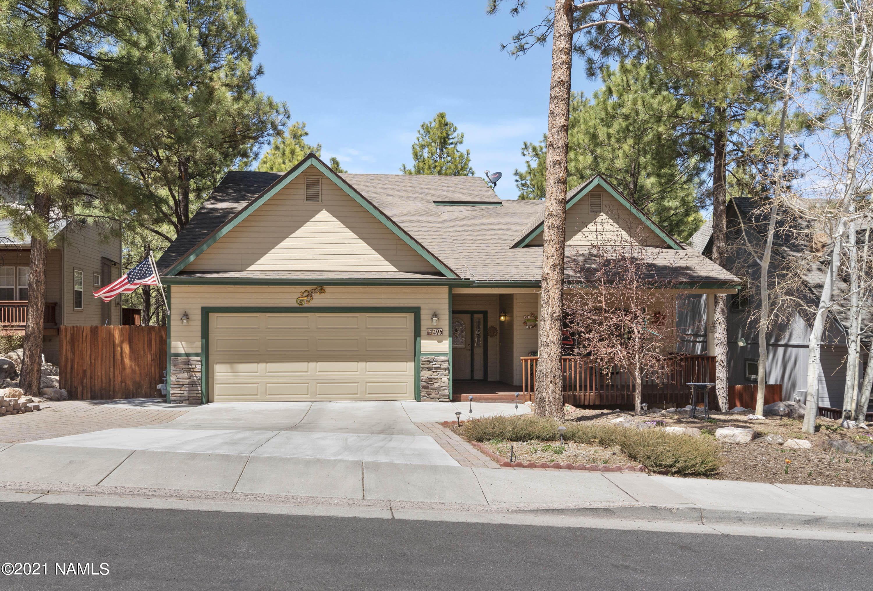 Photo of 496 W Old Territory Trail, Flagstaff, AZ 86005