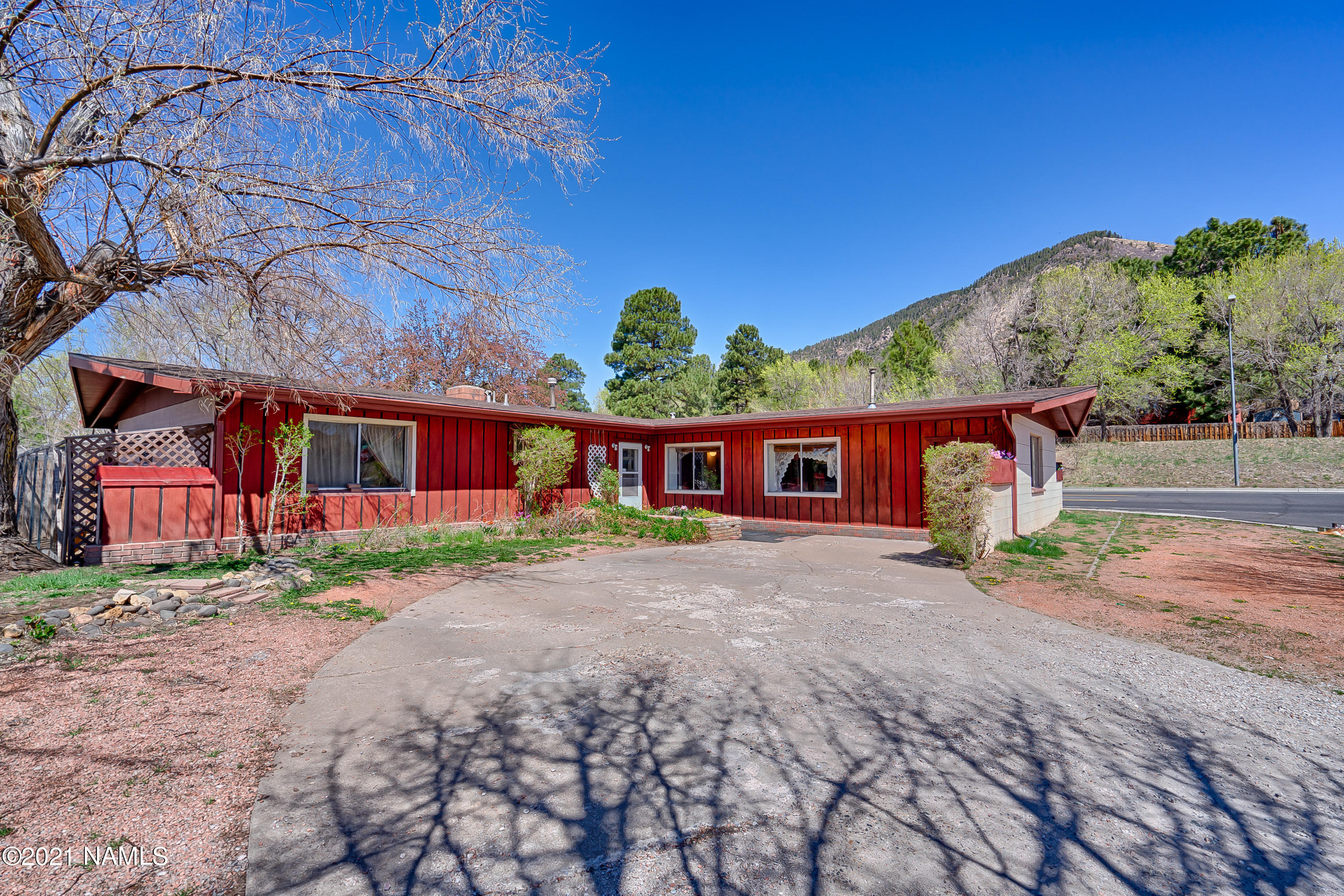 Photo of 3697 N Tindle Boulevard, Flagstaff, AZ 86004