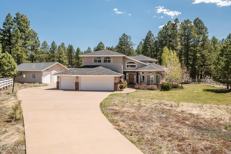 Photo of 2360 W Kiltie Lane, Flagstaff, AZ 86005