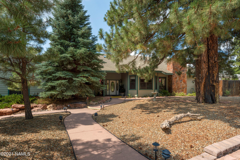 Photo of 5420 Forest Drive, Flagstaff, AZ 86004