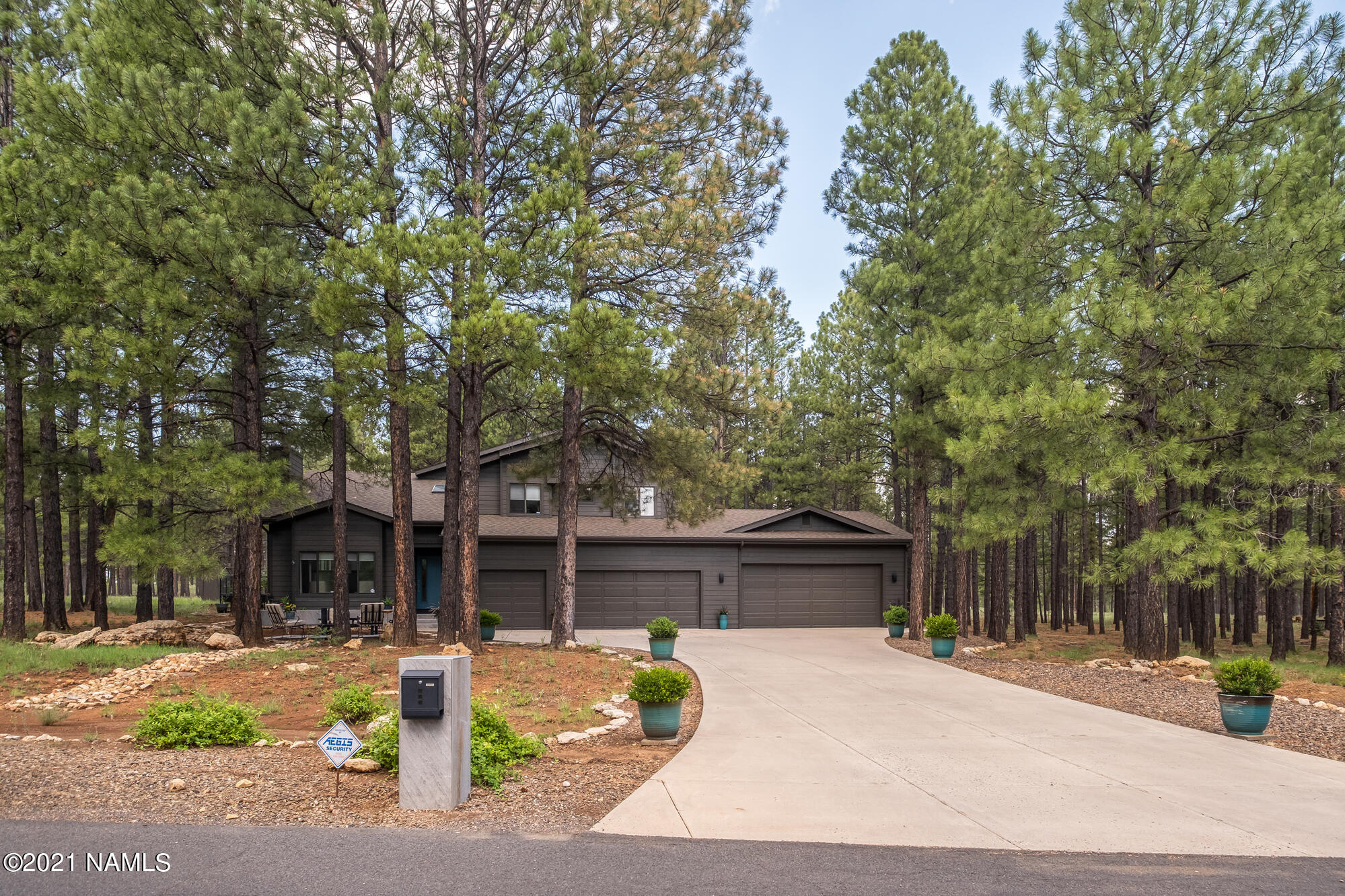 Photo of 4850 E Mount Pleasant Drive, Flagstaff, AZ 86004