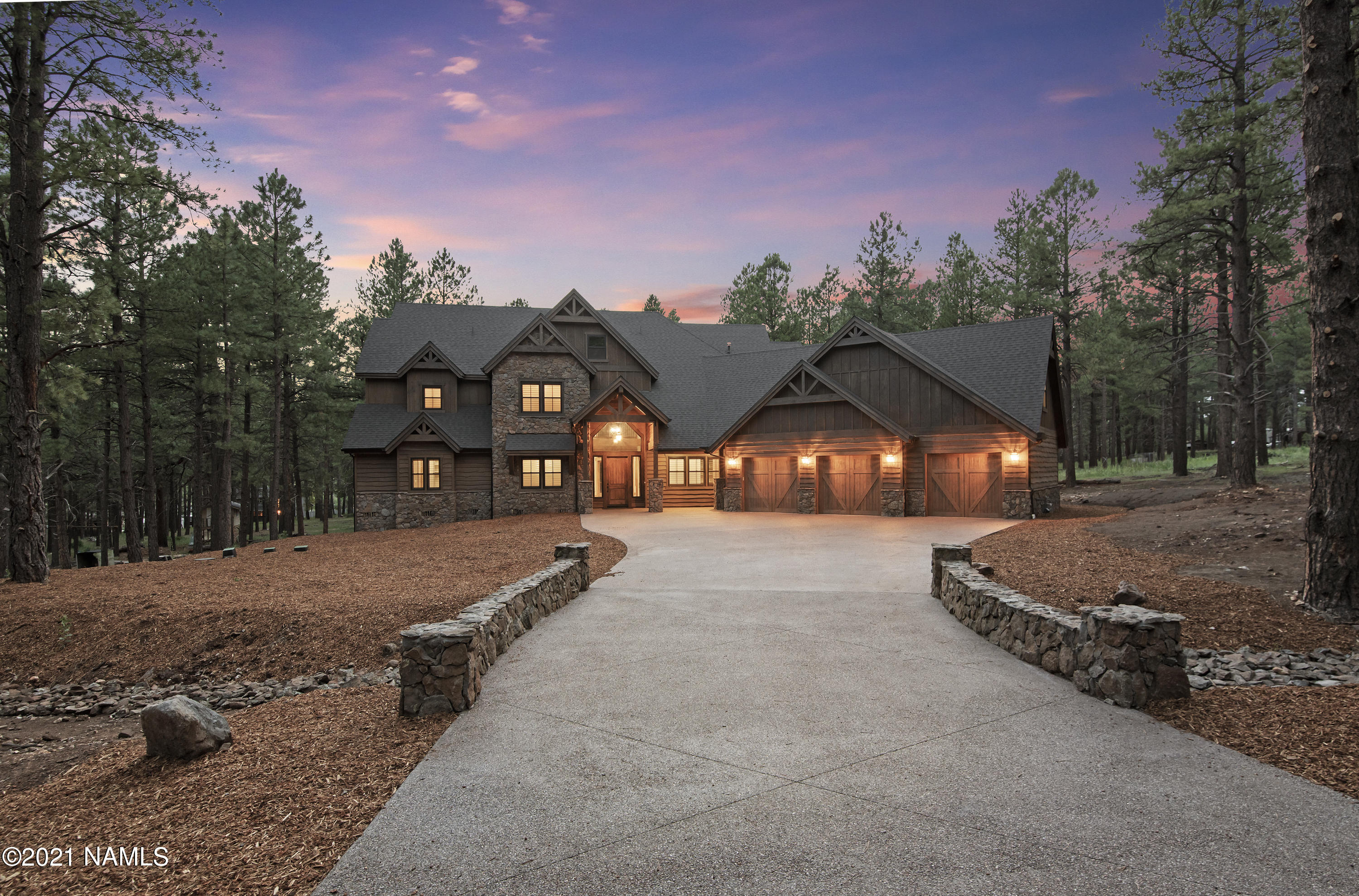 Photo of 628 Old Munds Hwy, Flagstaff, AZ 86005
