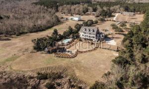 Single Family Home for Sale at 135 Dogwood Lane Hampstead, North Carolina 28443 United States
