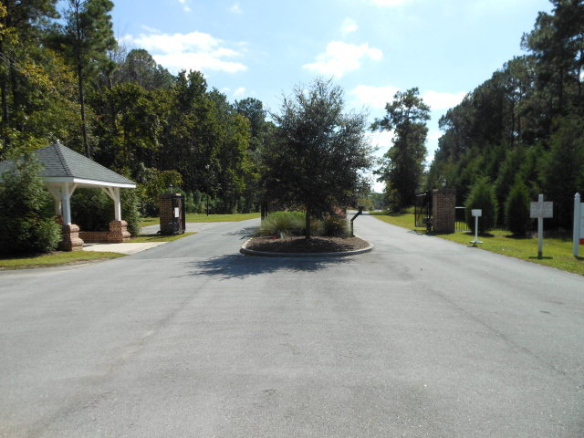 279 Mimosa Drive, Sneads Ferry, North Carolina 28460, ,5+ multi-family,For sale,Mimosa,40098508