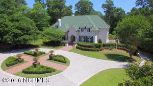 Single Family Home for Sale at 2044 Montrose Lane Wilmington, North Carolina 28405 United States