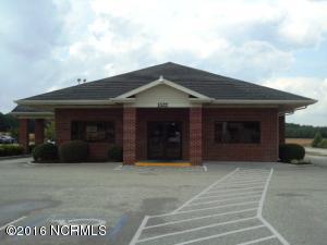 Single Family Home for Sale at 1522 Sunset Avenue Clinton, North Carolina 28328 United States