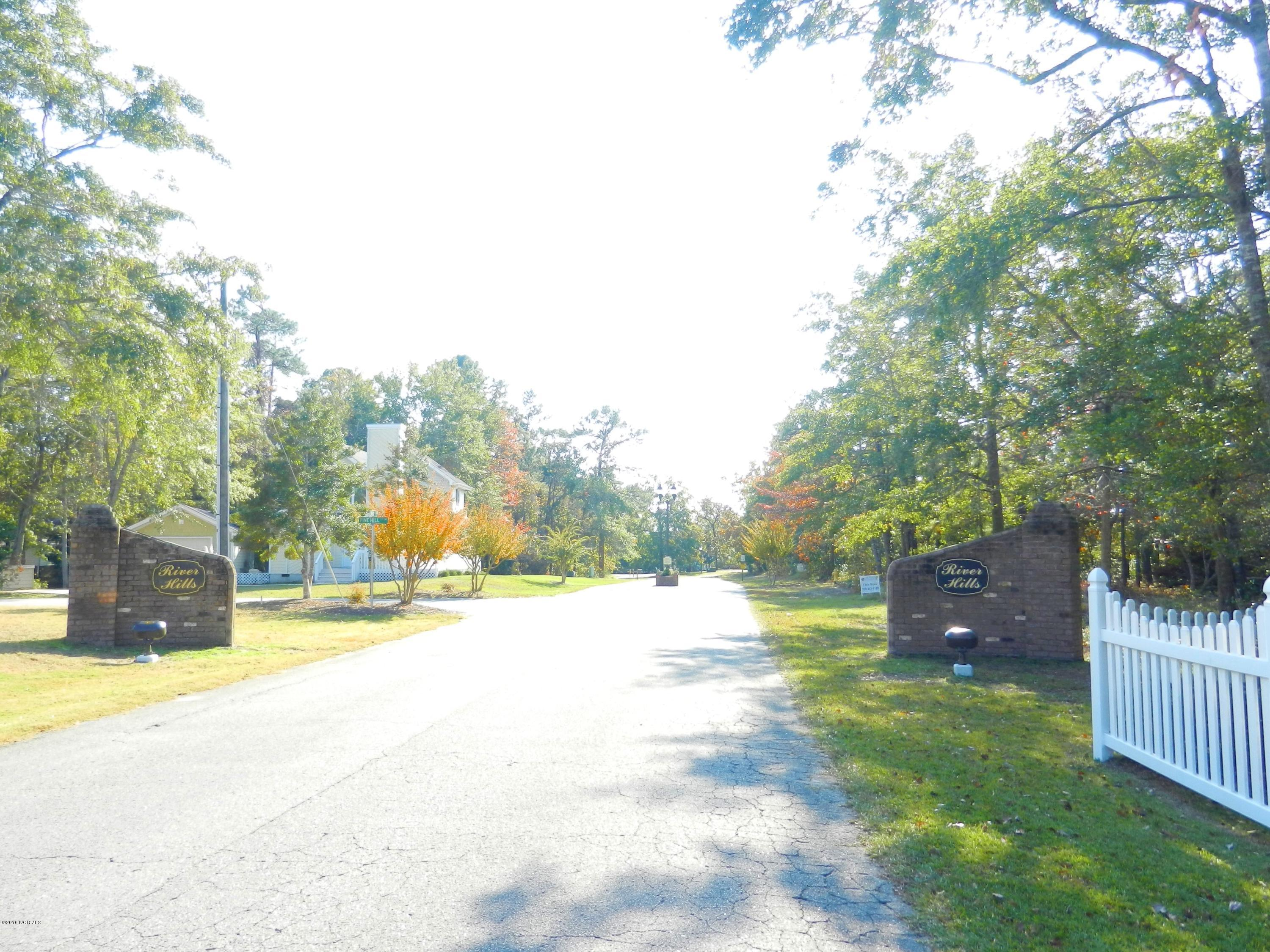 3060 River Hills Drive, Shallotte, North Carolina 28470, ,Residential land,For sale,River Hills,100037322
