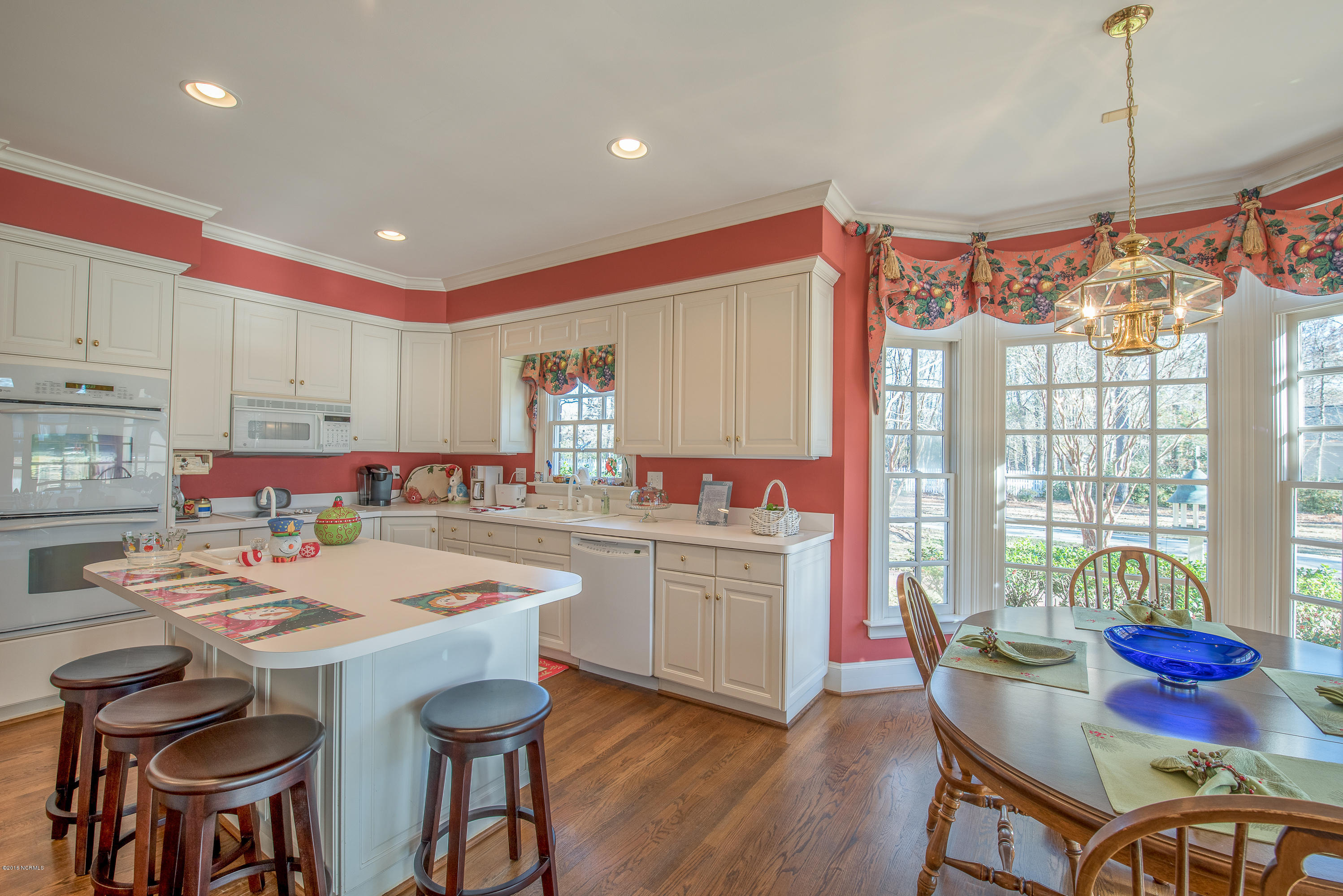 5014 Country Club Drive,Wilson,North Carolina,5 Bedrooms Bedrooms,10 Rooms Rooms,3 BathroomsBathrooms,Single family residence,Country Club,100037349