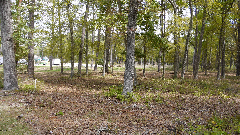 400 Lighthouse Lane, Swansboro, North Carolina 28584, ,For sale,Lighthouse,100052133