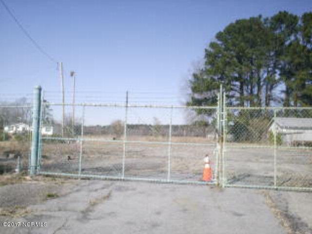 3107 Vernon Avenue, Kinston, North Carolina 28504, ,Commercial/industrial,For sale,Vernon,50121788