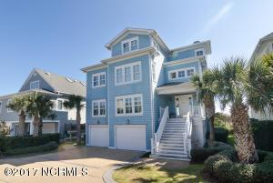 Single Family Home for Sale at 13 Sandpiper Street Wrightsville Beach, North Carolina 28480 United States