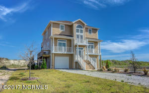 Single Family Home for Sale at 706 New River Inlet Road N Topsail Beach, North Carolina 28460 United States