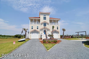 Single Family Home for Sale at 105 Bay Court N Topsail Beach, North Carolina 28460 United States