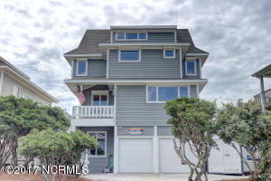 Single Family Home for Sale at 1006 Shore Drive Surf City, North Carolina 28445 United States