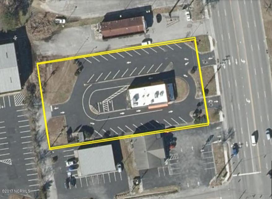 103 Western Boulevard, Jacksonville, North Carolina 28546, ,For sale,Western,100081488