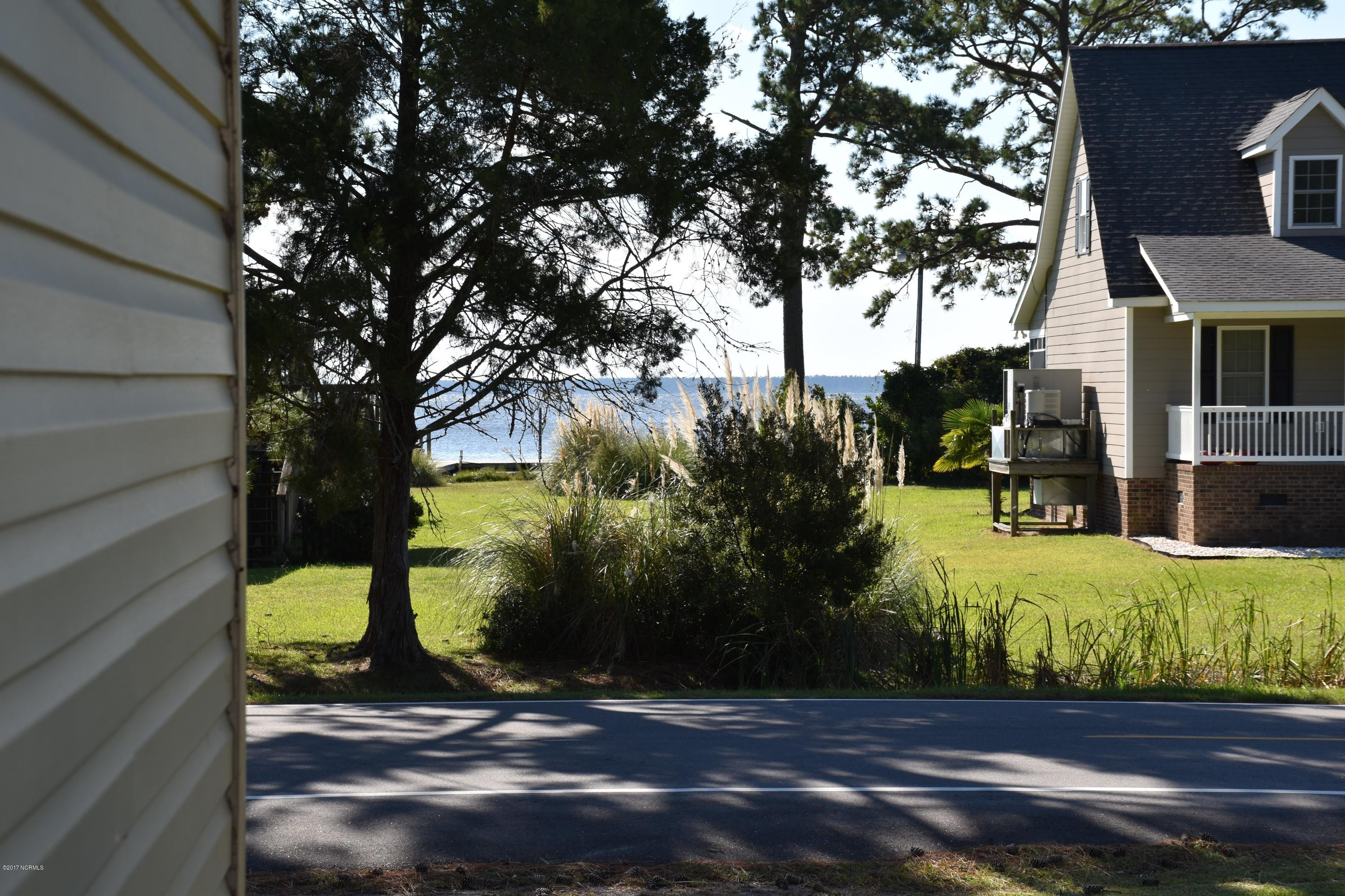 760 Old Pamlico Beach Road, Belhaven, North Carolina, 3 Bedrooms Bedrooms, 8 Rooms Rooms,2 BathroomsBathrooms,Single family residence,For sale,Old Pamlico Beach,100087914