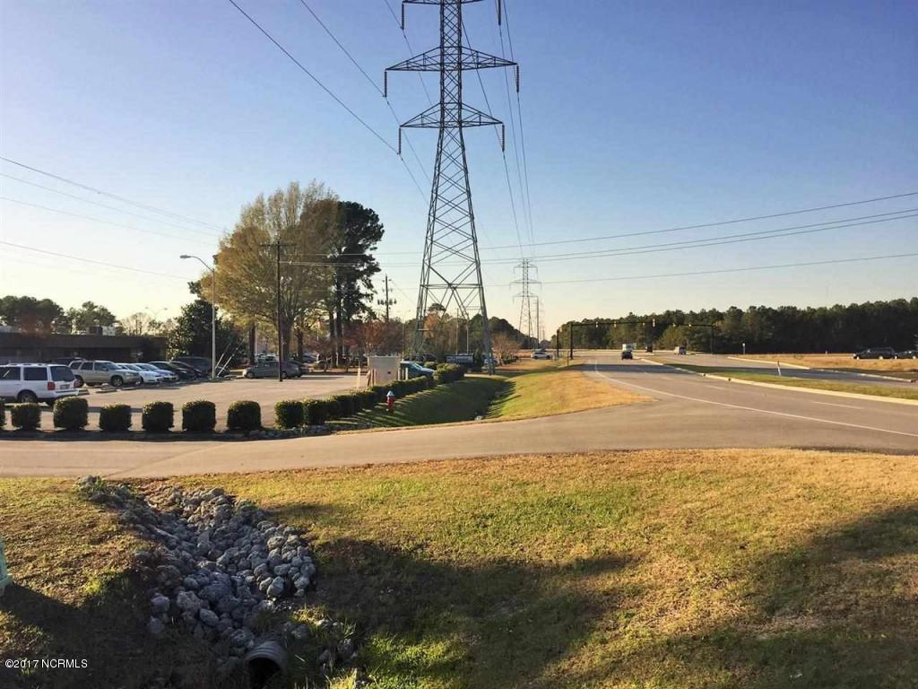 000 White Street, Jacksonville, North Carolina 28546, ,Commercial/industrial,For sale,White,100092215