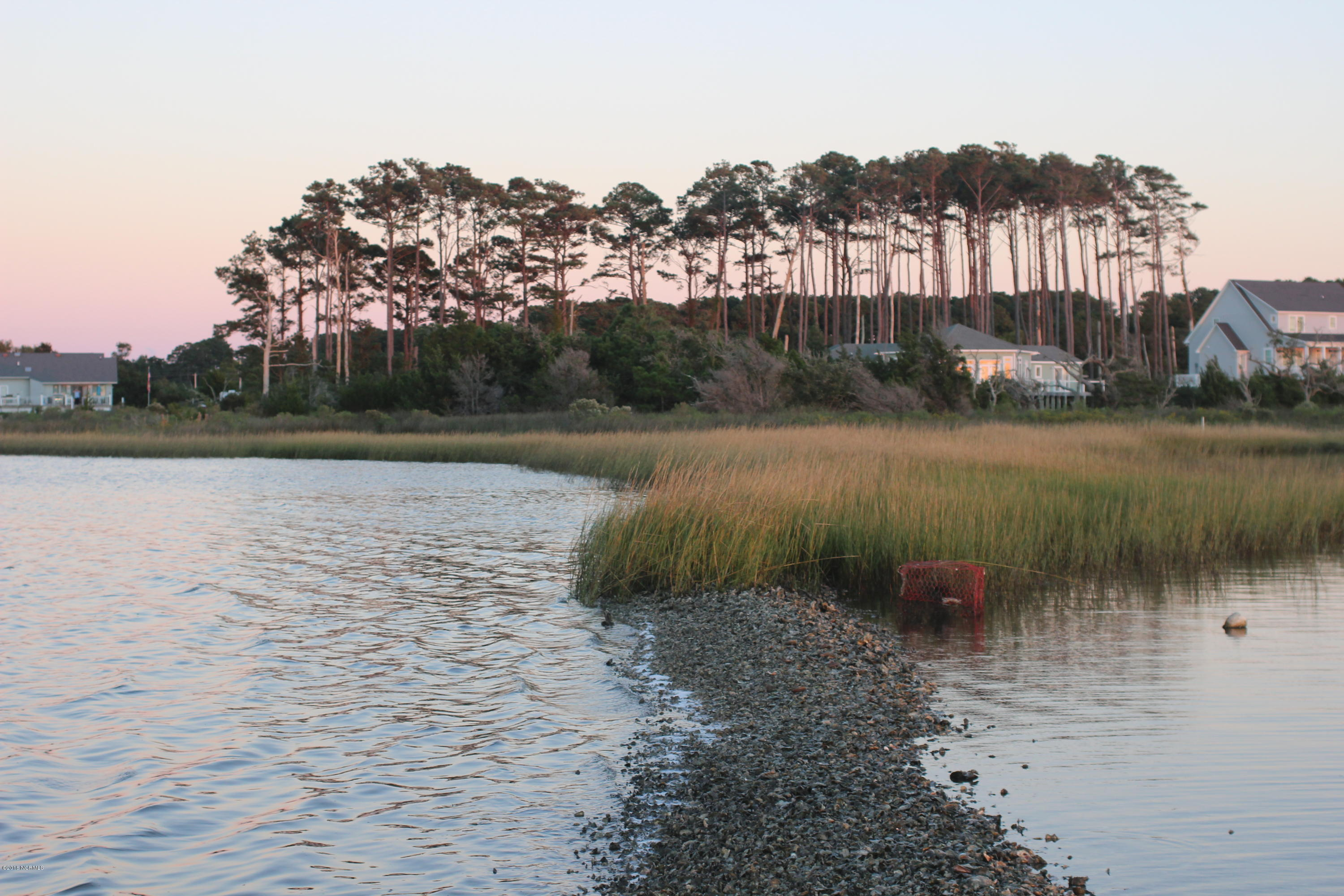 215 Lawrence Road, Beaufort, North Carolina 28516, ,Residential land,For sale,Lawrence,100095177