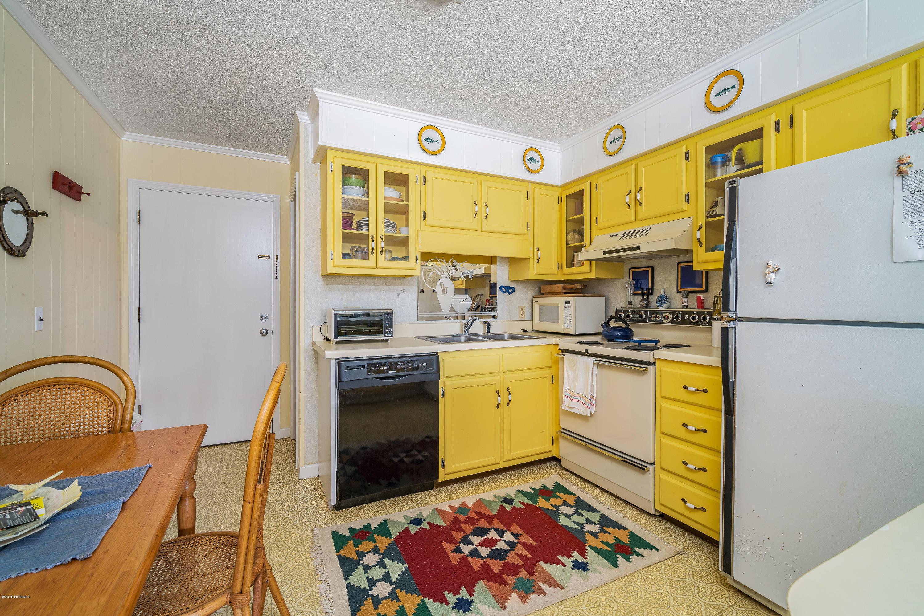 301 Commerce Way Road, Atlantic Beach, North Carolina, 2 Bedrooms Bedrooms, 3 Rooms Rooms,2 BathroomsBathrooms,Condominium,For sale,Commerce Way,100101782