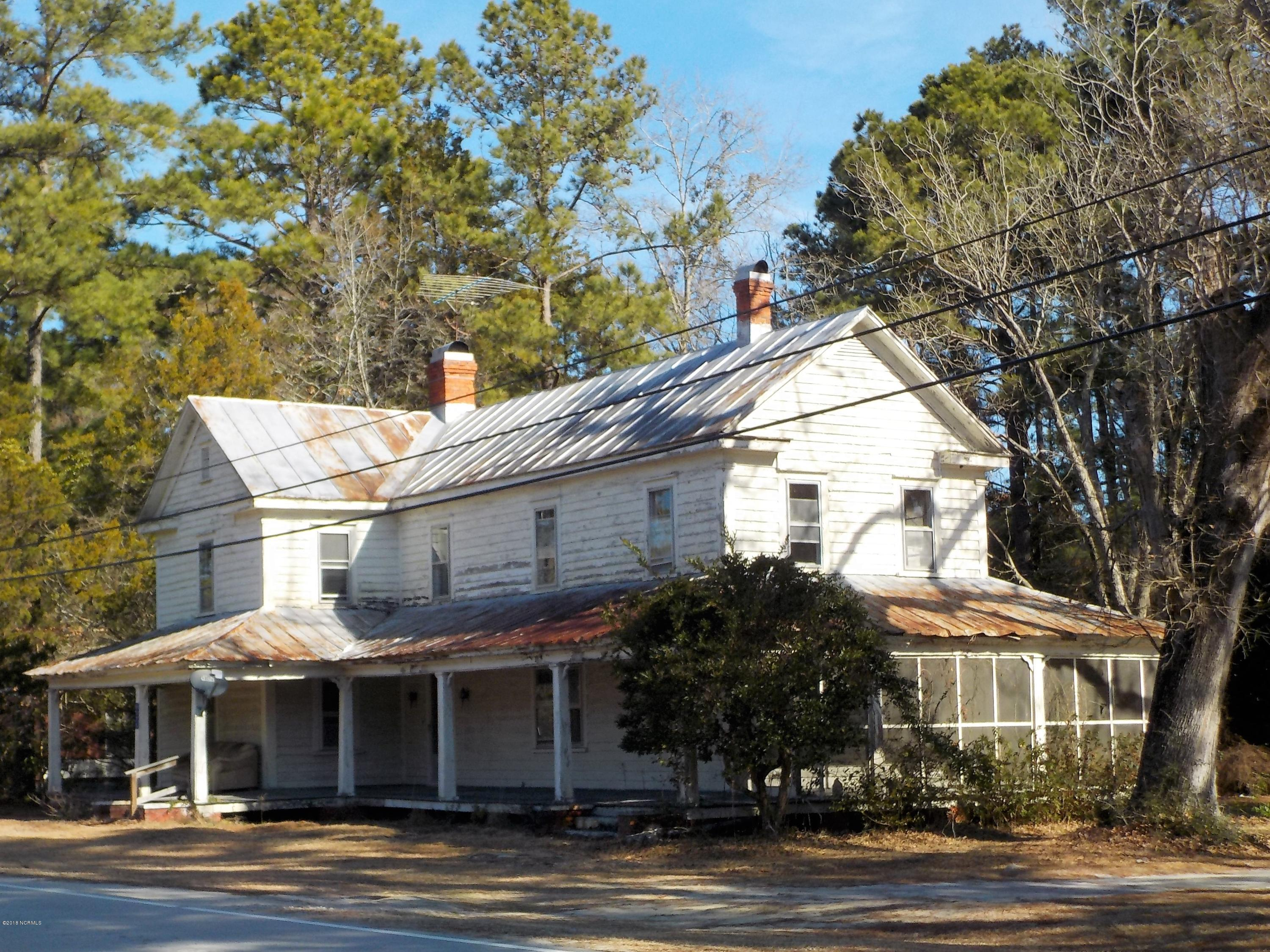 8375 Nc Highway 306, Arapahoe, North Carolina, 8 Bedrooms Bedrooms, 10 Rooms Rooms,3 BathroomsBathrooms,Single family residence,For sale,Nc Highway 306,100102257